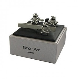 Skull & Cross Bones Cufflink Set